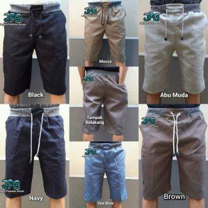 Celana pendek berbagai warna